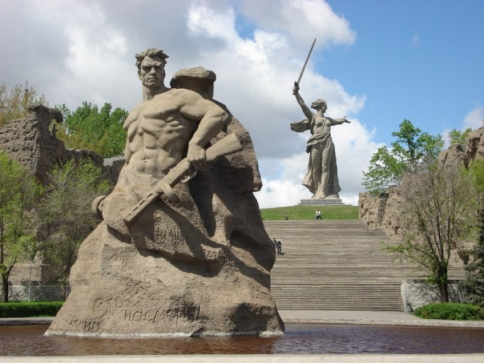 The battle of Stalingrad and Volgograd memorial complex binds to Mamaea Kurgan