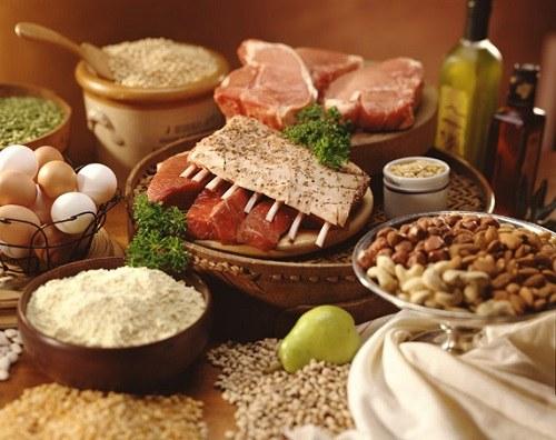 В каких продуктах больше всего белков и углеводов