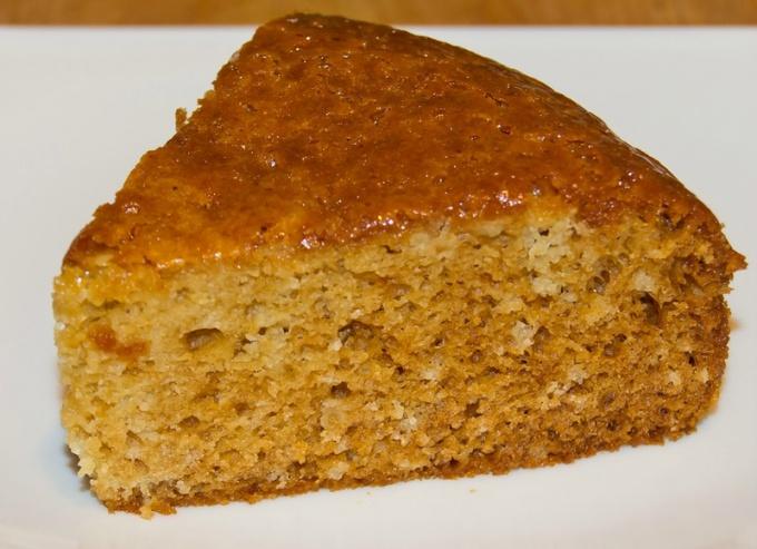 Как приготовить пряный медовый пирог