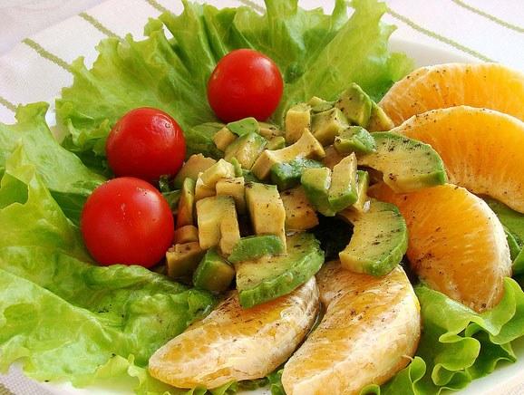 Оригинальные салаты из свежих овощей