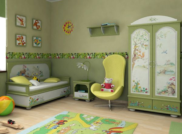 In the nursery according to Feng Shui needs to be drawings and toys