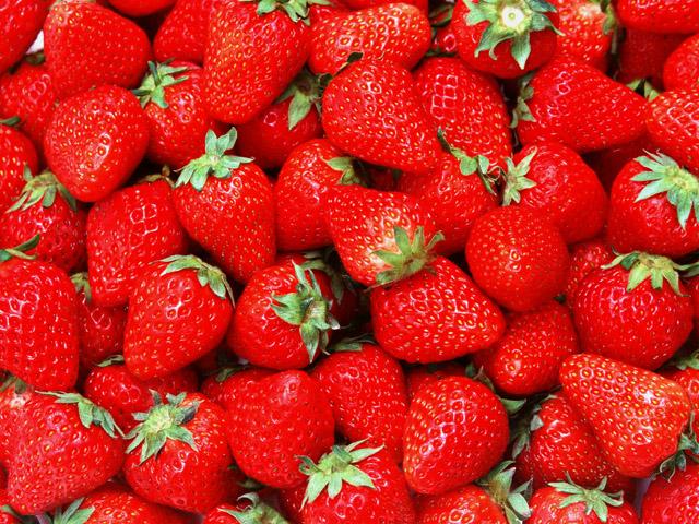 Как приготовить пирог из ягод