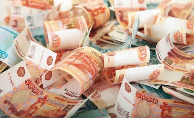 Какие обряды проводить для привлечения денег