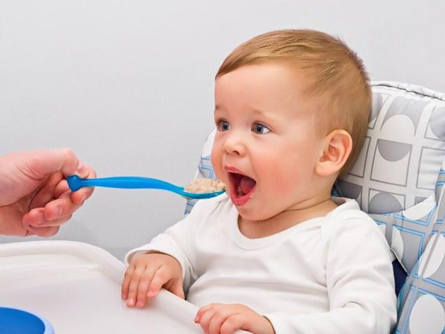 Как кормить ребенка в 8 месяцев