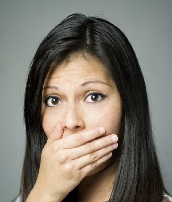 Почему возникает неприятный привкус во рту