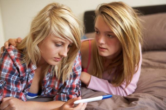 Что делать с беременностью у подростка