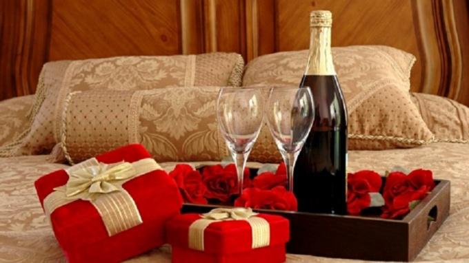 Как устроить романтический вечер на первом свидании
