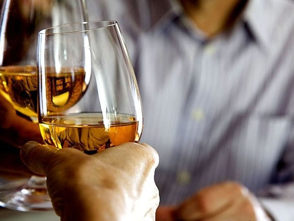 Самым верным средством от похмелья является правильное и умеренное употребление алкоголя