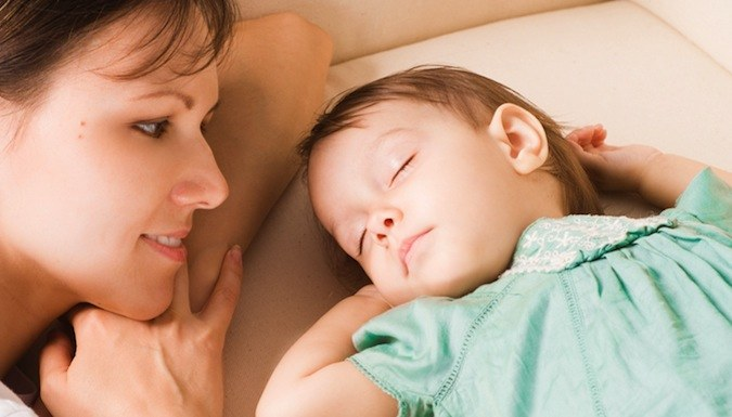 Чтобы уложить ребенка спать, спойте ему колыбельную