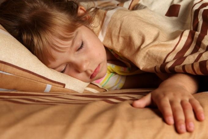 Good quality sleep under a blanket