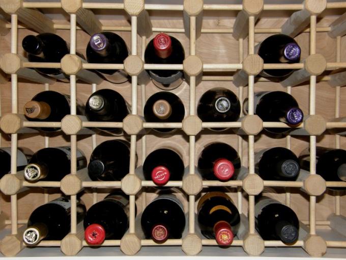 Свет, температура, положение, герметичность бутылок - 4 параметра хранения алкоголя