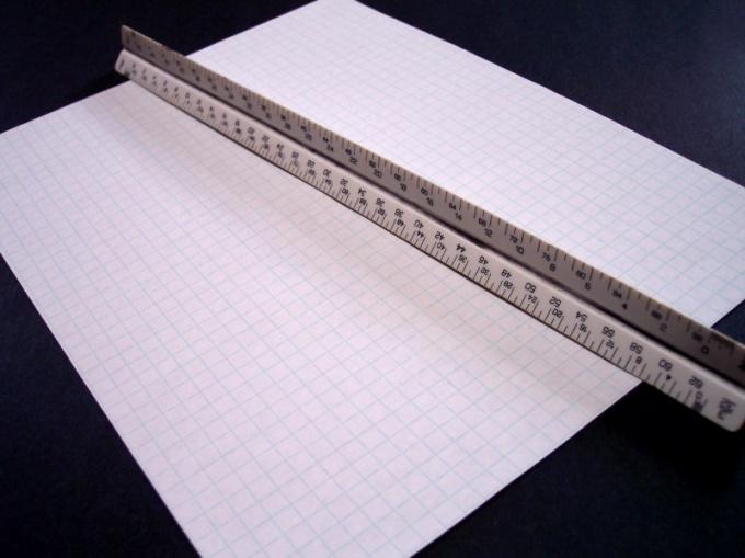 Таблицу Пифагора можно начертить с помощью обычной линейки