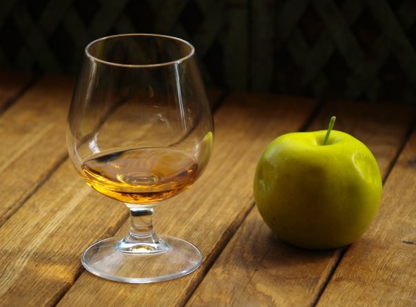 Как пить кальвадос правильно