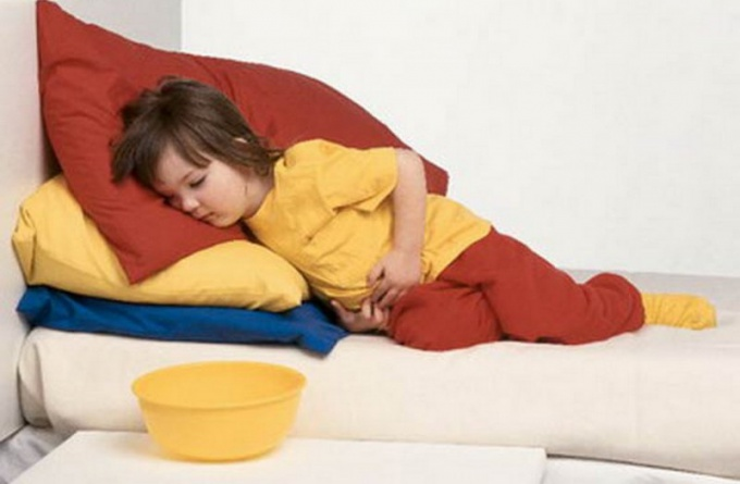 What to do with vomiting in a child