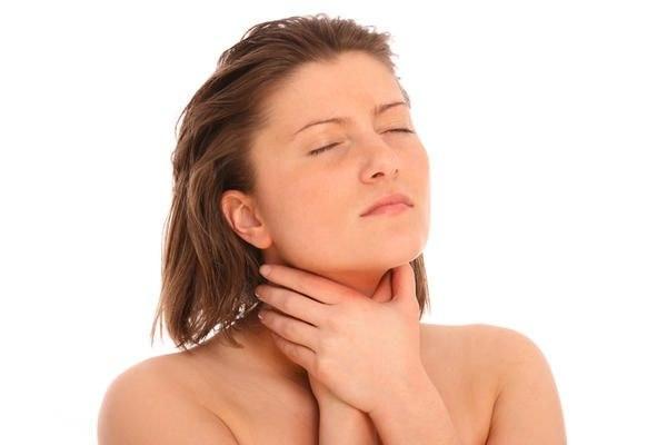 Что делать при мышечном спазме горла