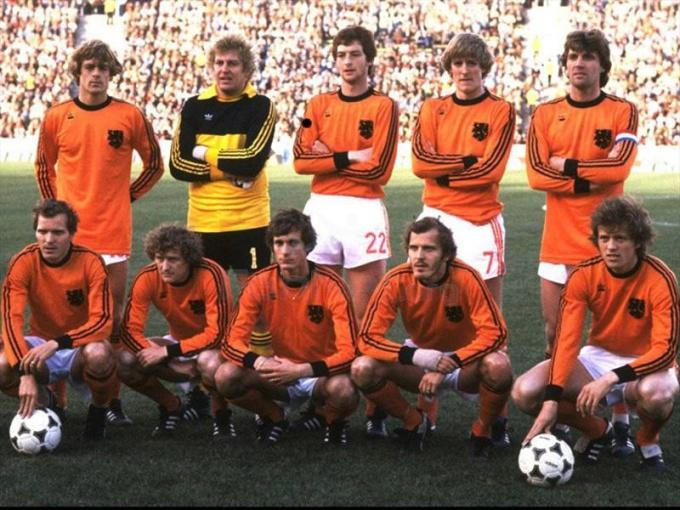 Один из лучших образцов тотального футбола показывала сборная Нидерландов-1974