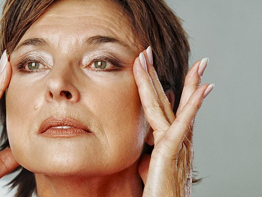 How to develop deep wrinkles