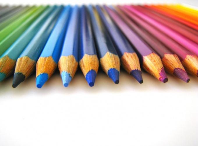 Кенгуру лучше рисовать мягким карандашом