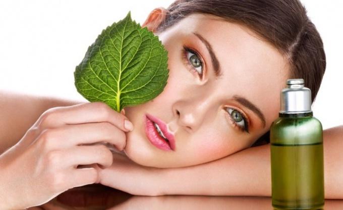 Эфирные масла: какие самые полезные для кожи