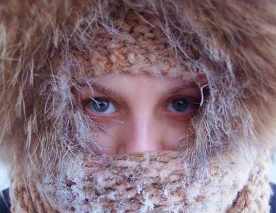 Как определить и лечить обморожение