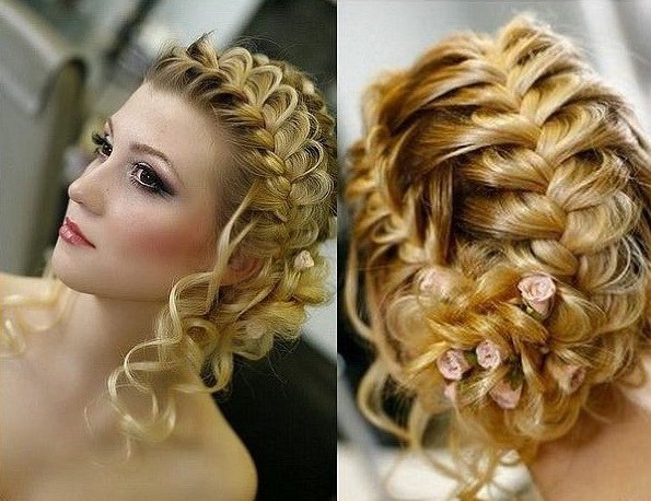 Hairstyle to the dress in the Empire style