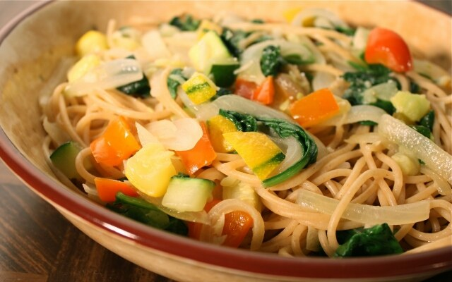 Как приготовить спагетти с овощами