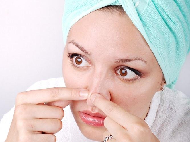Как убрать черные точки на носу в домашних условиях