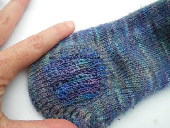 Как заштопать носки