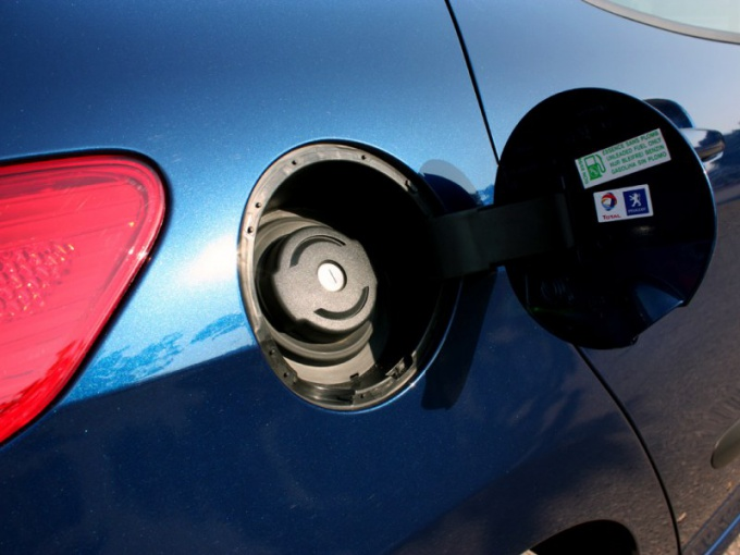 Как защититься от слива бензина из бензобака