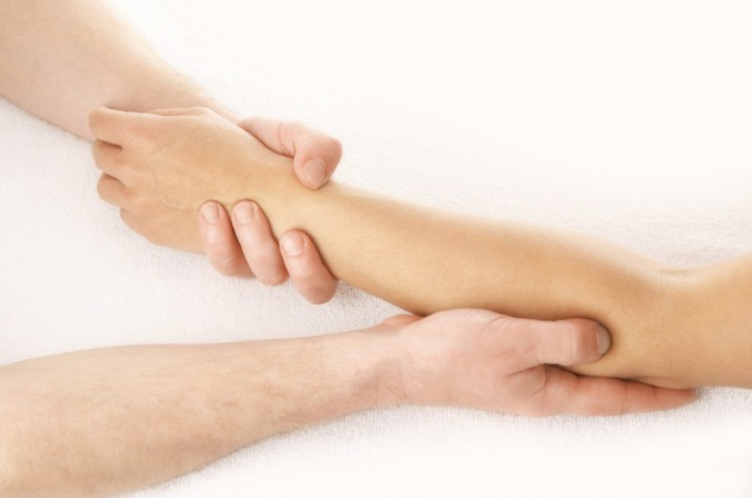 How to treat psoriasis on the elbow