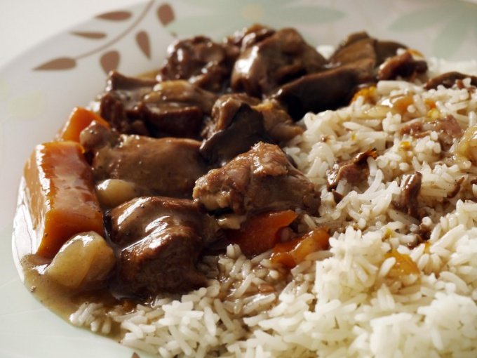 Rice with stew - tasty and quick to prepare dish