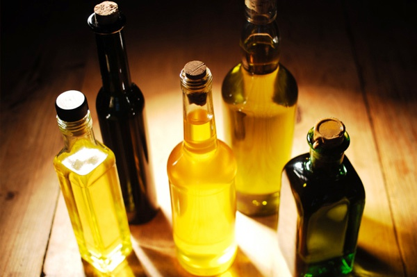 How to take care of hair with oils