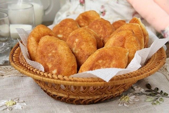 Рецепты вкусной выпечки: сладкие жареные пирожки