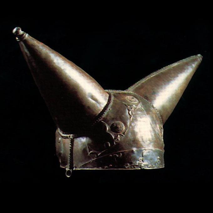 Кельтский шлем, найденный в Темзе