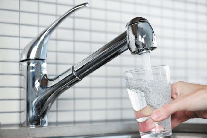 Можно ли отравиться водой из под крана