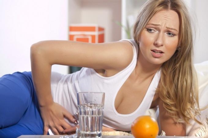 Боли в низу живота при заражении хламидиями