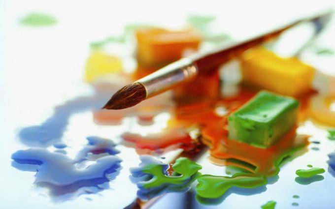 Творчество украшает мир, наполняя его ценностями
