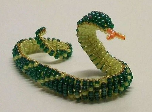 How to weave a beaded bracelet-a snake with beads