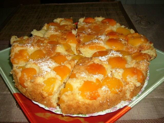 Как приготовить пирог с абрикосовым вареньем