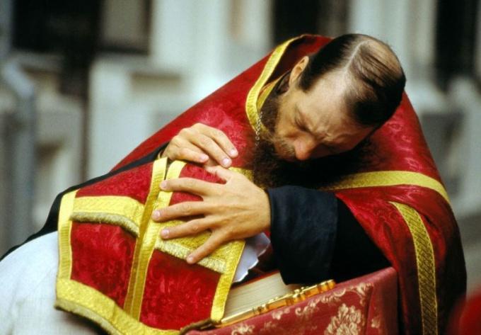 Список грехов для исповеди: покаяться во всем
