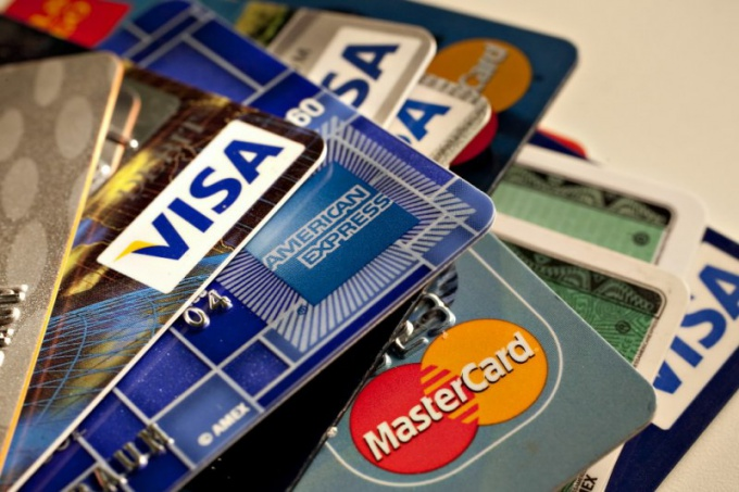Debit, credit and overdraft cards: what is the difference