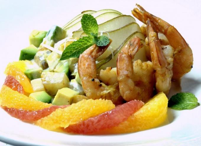 Салат с морским коктейлем - рецепт