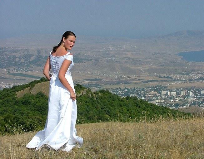 Что заставляет невесту сбегать со свадьбы