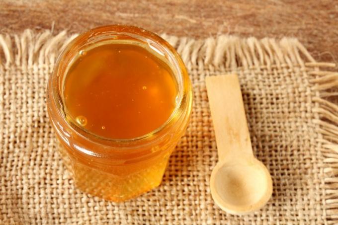 Что можно сделать со старым медом