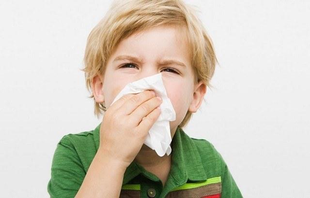 Аллергический ринит: симптомы и лечение