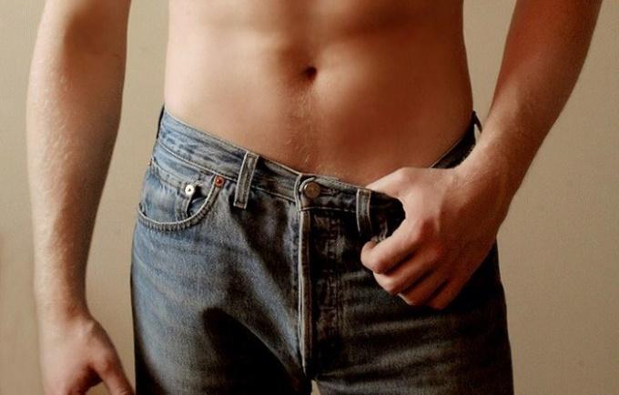 Водянка яичка у мужчин: причины, симптомы, лечение