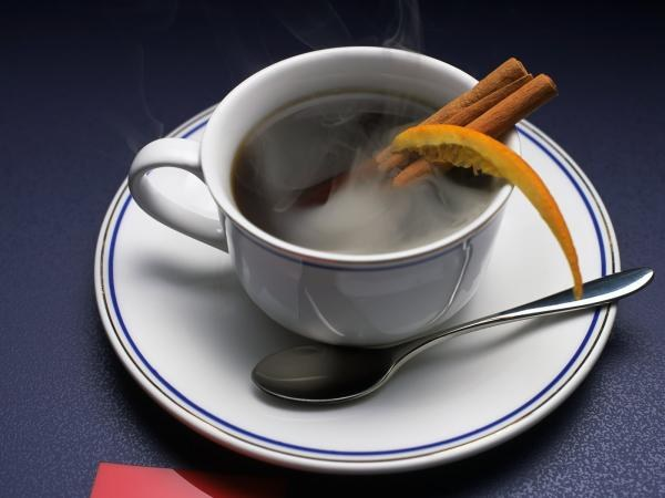 http://www.mycoffe.ru/wp-content/uploads/2012/07/koffe_s_koricej.jpg