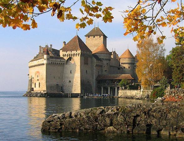 Шильонский замок близ Монтрё