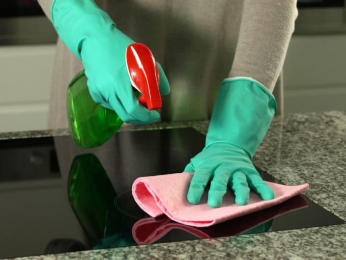 Как очистить жир с кухонной мебели