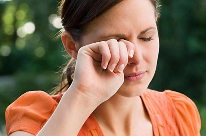 Повышенное внутриглазное давление сопровождается характерными симптомами